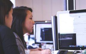 Kenali Sejak Dini : 5 Tanda Karyawan Tidak Bahagia di Tempat Kerja
