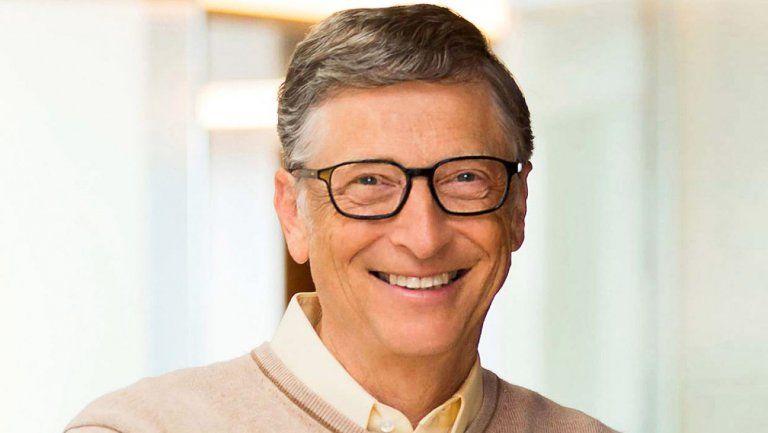 Bill Gates kini bergelar centibillionaire