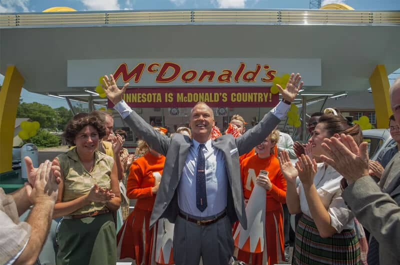 Michael Keaton dalam film The Founder