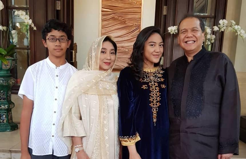 Potret Keluarga Chairul Tanjung